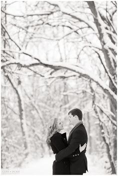 Baby, It's Cold Outside: Jarred + Laura | Indianapolis & Destination Wedding Photographers