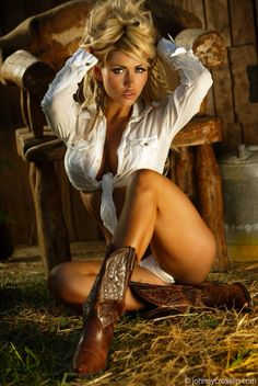 Hot blonde bree daniels naked in her cowgirl boots and hat