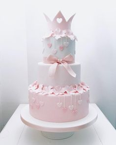 """1,695 Likes, 19 Comments - Bella's Bakery (@bellasbakery) on Instagram: """"It's a girl! Baby shower cake by Bella's Bakery - Monza #bellasbakery #monza #cakedesign…"""""""