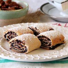 עוגיות תמרים מוכרות לכולנו ונמצאות כמעט בכל בית ברשימת מתכוני החובה. אירמה קזר, שפית גיאורגית, מכינה לנו אותן עם טריק מיוחד שמתחיל בבצק