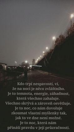Pravda ve tmě.