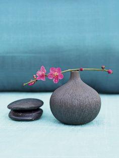 Blue Nature Prints by Amélie Vuillon Ikebana Flower Arrangement, Ikebana Arrangements, Floral Arrangements, Wabi Sabi, Art Floral Japonais, Art Japonais, Japanese Flowers, Japanese Art, Nature Prints