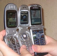 Old Cell Phones, Cell Phones In School, Cheap Cell Phones, Flip Phones, Old Phone, Mobile Phones, Cell Phone Deals, Free Cell Phone, Cell Phone Service
