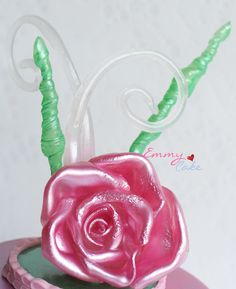 Pulled sugar - I just tried out a pulled sugar rose after i learned a few tricks months ago.
