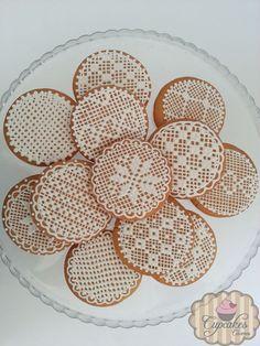 Royal icing crochet cookies