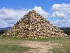 Ballandean Pyramid - QLD Australia - Pyramids on Waymarking.com