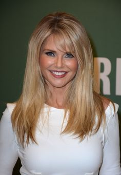 Christie Brinkley At In-Store Appearance For Christie Brinkley Book Signing For Blonde Balayage, Blonde Hair, Copper Balayage, Medium Fade Haircut, Haircuts For Medium Hair, Layered Haircuts With Bangs, Long Hairstyles With Bangs, Medium Hair Styles, Long Hair Styles
