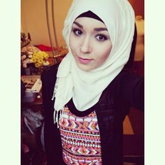 Nabila Muslim Fashion, Hijab Fashion, Elegant, Clothes, Beautiful, Dresses, Style, Classy, Outfits