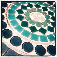 Mandala Mosaico / Mosaic Turquesa by Sunshine by Lu, via Flickr