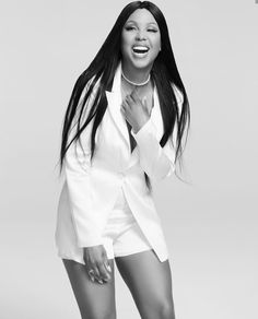 A good hair day will put a smile on your face! Recreate Toni Braxton's long, dark tresses with our PURE Straight and a Natural Straight Closure Toni Braxton, Black Sistas, Foreign Celebrities, Hip Hop, Pop Rock, Rhythm And Blues, Star Girl, Celebrity Travel, Celebrity Babies