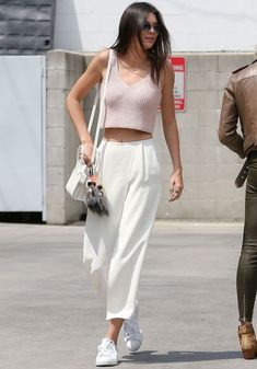 kendall-jenner-street-style-look-monocromatico