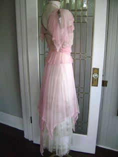 1910s dress (side/back view)