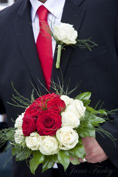 Bridal dream - LOVE - www.berlinfotografin.de - Liebe - Wedding - Hochzeit - Blumen - Brautstrauß - Foto jana farley   Follow me on www.facebook.com/pages/Berlin-Fotografin/304964096211572