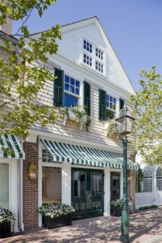 Street Facade of The Boathouse Restaurant