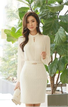 Sequined Lace Pencil Skirt is part of business Attire Korean - Korean Women's Fashion Shopping Mall, Styleonme N New Fashion, Korean Fashion, Girl Fashion, Fashion Dresses, Womens Fashion, Fashion Design, Elegant Outfit, Classy Dress, Classy Outfits