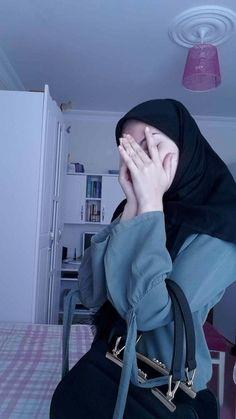 Niqab Fashion, Modern Hijab Fashion, Muslim Fashion, Casual Hijab Outfit, Hijab Chic, Beautiful Muslim Women, Beautiful Hijab, Hijabi Girl, Girl Hijab
