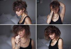 Ces derniers mois, vous avez pu voir que j'avais fait subir pas mal de petites choses à mes cheveux : couleur, frange, plus de frange et comme je vous l'avais promis, voici un retour en images sur ces quelqueschangements récents ! Si Nouveau billet !