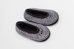 Silver Shoes,Crochet Baby Shoes,Ballet Slippers,Ballet pumps,Free Shipping,Gift,Size 3 - 6 months,Black and Silver
