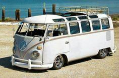 I DO love a VW Bus! Especially the 23 window models. Shared by www.highroadorganizers.com
