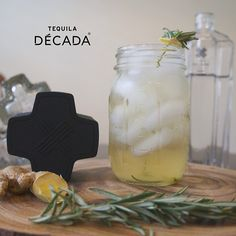 The perfect way to transition from Saturday to Saturday Evening. Have a #mexicanlemonade on #nationalmargaritaday In a shaker add 2 pinches of fresh organic rosemary leaves, and a small slice of ginger. Muddle then pour 2oz of DÈCADA infused with chamomile, 1oz lime juice, 1/2oz agave nectar, and ice. Shake, strain over new ice and garnish with a fresh stem of rosemary pierced through ginger to add to the aroma. Enjoy! #tequila #margarita #cocktail #DÈCADA #taste #relax #party #drinkporn