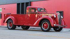 1937 Diamond T Model 80 Deluxe Dually PIckup