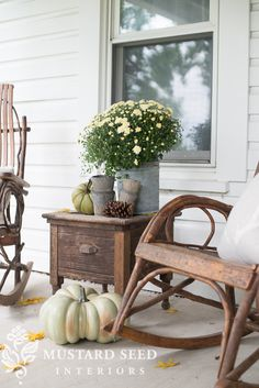 miss mustard seed | fall porch shoot
