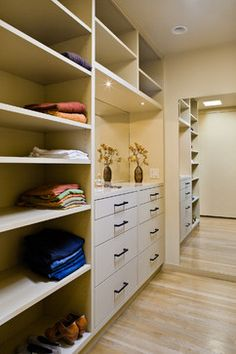 Modern Small Closet Kids Design Ideas, Pictures, Remodel and Decor