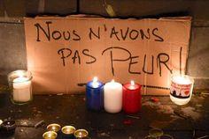 Attentats à Paris : les hommages aux victimes en France et dans le monde - Place de la République, à Paris - Femina.fr
