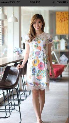 Model Dress Batik, Batik Dress, Dresses For Teens, Casual Dresses, Fashion Dresses, Dress Batik Kombinasi, Fabric Print Design, Dress Brokat, Batik Fashion