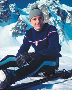 Jean-Claude Killy - Downhill, slalom and giant slalom Olympic ski champion 1968 - Sports et équipements - Ski - Eider Ski Fashion, Sport Fashion, Mens Fashion, Winter Fashion, Ski Sweater, Jumper, Mode Au Ski, Gq, Ski Vintage