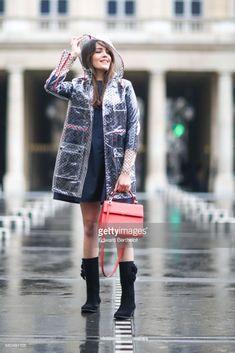 bbbdea308812 Las 344 mejores imágenes de transparent raincoat en 2019 ...