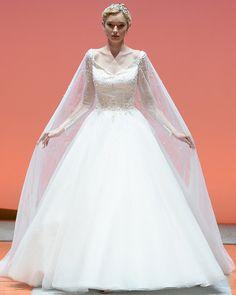 @disneyweddings Elsa wedding dress for all of you planning a Frozen Inspired Wedding