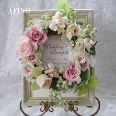 ウェルカムリース - Google 検索 Flower Frame, My Flower, Flowers, Holiday Wedding Decor, Wedding Decorations, Craft Night, Special Occasion, Diy And Crafts, Floral Wreath