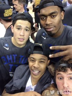 3.28.15   #BBN with @devinbook, @tulis3, @sammaloneuk13, @safaridakari44   Cats beat Notre Dame 68-66 to advance to the Final Four.  GO CATS!!