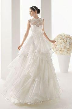 Rosa Clara lace wedding dress
