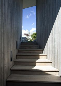 Late summer in Sweden. Seamlessly connecting with sky and sea and rock. A summer house but defi. Kristiansand, Cottages By The Sea, Entryway, Wood Stairs, Exterior, Late Summer, Interior Design, Architecture, Places