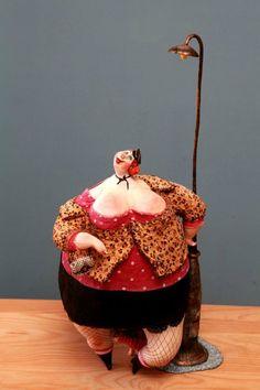 Risultati immagini per Katya fairy tales Paper Mache Sculpture, Sculpture Art, Clay Dolls, Art Dolls, Plus Size Art, Fat Art, Paperclay, Doll Maker, Big And Beautiful