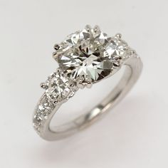 Stunning diamond engagement ring from Oliver Smith Jeweler.