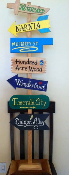 Wooden sign for the school library, thanks to my husband! Library Decorations, Library Themes, Library Signs, Library Displays, Library Ideas, Reading Display, Bronze Award, Bulletin Boards, Wooden Signs