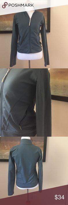 Lucy Tech jacket in gray. Like new size xs Like new. Lucy tech jacket Lucy Jackets & Coats