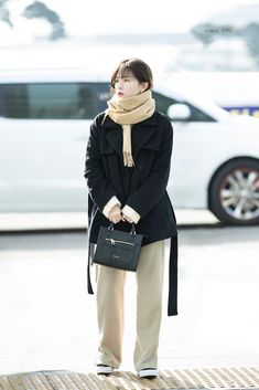 Kpop Fashion, Daily Fashion, Korean Fashion, Fashion Outfits, Womens Fashion, Airport Fashion, Petite Fashion, Curvy Fashion, Style Fashion