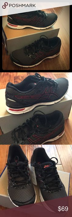 ASICS Black & Red Gel-Excite 4 NWT