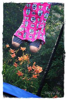 Basictunikakleid mit passender Legging  Stoff aus meinem Shöpchen von Janea World Schnitt Lillesol & Pelle Tunikakleid Legging aus dem Schnittmuster Laguna von Farbenmix Ringeljersey von Hilco ♥