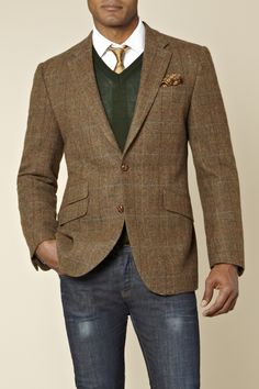 Moss 1851 Tailored Fit Overcheck Jacket Brown from Moss Bros – love the jacket, sweater, shirt, tie. I would pair different jeans, I think. Dapper Gentleman, Gentleman Style, Sharp Dressed Man, Well Dressed Men, Suit Fashion, Mens Fashion, Mode Man, Mae West, Herren Outfit