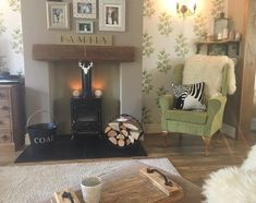 Ive really enjoyed cleaning my home with the really feels clean too its just best hoover ever , check out my stories for a free demo. Cream Living Rooms, Home Living Room, Living Room Decor, Living Spaces, Dining Room, Feature Wall Living Room, Living Room Storage, Front Rooms, Living Room Inspiration