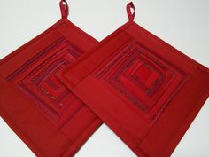 Kitchen Decor Art Quilt  Quilted Pot Holders Quilted Potholders Red Pot Holders Fabric  Pads Padded Potholders  Modern Red  Pads Set Of 2 by DzintrasPatchworkArt on Etsy https://www.etsy.com/listing/531011543/kitchen-decor-art-quilt-quilted-pot