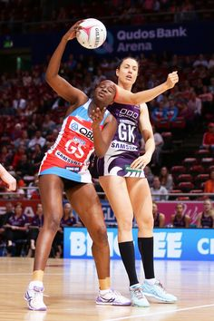 Sam Wallace of the Swifts is challenged by Laura Clemesha of the Firebirds during the round 14 Super Netball match between the Swifts and the Firebirds at Qudos Bank Arena on May 2017 in Sydney, Australia. Netball, Sydney Australia, Sport Girl, Cricket, Drill, Challenges, Couple, Workout, Motivation