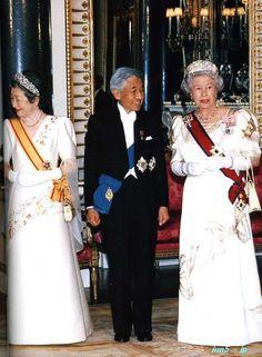 Emperor and Empress of Japan with Queen Elizabeth 2