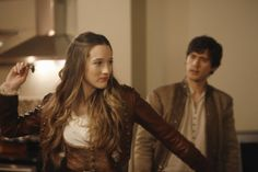 """'Once Upon A Time In Wonderland' Episode 111 """"Heart of the Matter"""" - Alice & Cyrus play darts"""