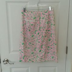 Vint Lilly Pulitzer Skirt, pocket lace size 8 Vintage Lilly Pulitzer A- line skirt.  Front pocket with nice vintage lace detail.  Pink/green floral pattern. General fading from wear.  Some small stains (pink dots, possible rust) in a few spots.  Size 8 but fits more like a 5/6. Generally not in great shape but for someone who truly loves Lilly it might be a great find! Lilly Pulitzer Skirts A-Line or Full